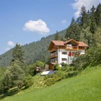 Appartements Haus Pichler, hotel in Eggen