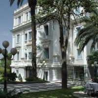 Hotel Flora, viešbutis mieste Fraskatis
