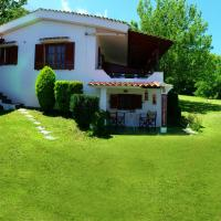 Villa Michalis, hôtel à Kariotes