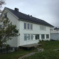 Lofoten Bed & Breakfast Reine - Rooms & Apartments, hotell på Reine