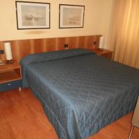 Hotel Selide, hotell i Desio