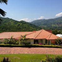 Casa Campestre Condominio Bellavista, hotel in Tobia