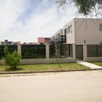 Departamentos Los Tamariscos, hotel en Santa Clara del Mar