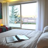 Casa mARTa: Suites, terrasses et vue panoramique, отель в городе Турнон-сюр-Рон