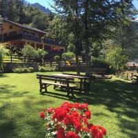 Le Terrazze sul Lago - Ledro House, hotell i Pieve Di Ledro