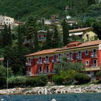 Hotel Menapace, hotel in Torri del Benaco
