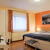 Zum Burghof, hotel in Schoenberg