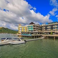 Two Seasons Coron Bayside Hotel, Hotel in Coron