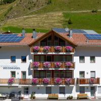 Residence Weisskugel Langtaufers Südtirol, hotel in Melago