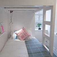 Hostel Cellb, hotel in Blaenau-Ffestiniog
