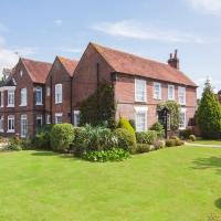 Newtown House Hotel, hotel in South Hayling