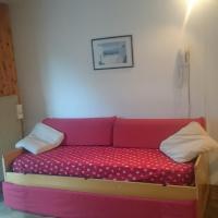 Rododendro Apartment, hotel in Passo San Pellegrino