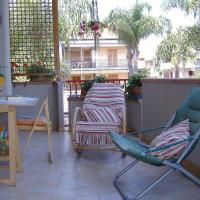 Between the Sea and Etna, отель в Рипосто