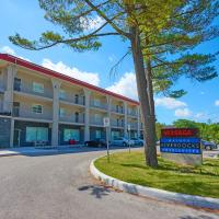 Wasaga Riverdocks Hotel Suites, hotel em Wasaga Beach