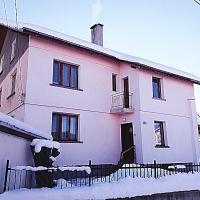 Guest House AHP, hotel in Mala Tsŭrkva