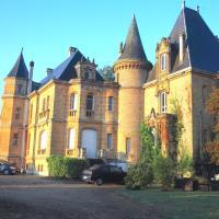 Château De Bellevue, hotel in Glaire-et-Villette