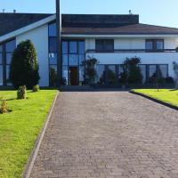 Hazelwood Country House, hotel in Adare