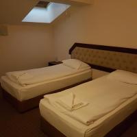 Hotel Podkovata, hotel in Etropole