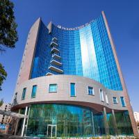 ダブルツリー バイ ヒルトン イェレヴァン シティ センター、エレバンのホテル