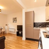 Redhill Garland- 1 bed 1 bath self contained ground floor flat, hotel in Redhill