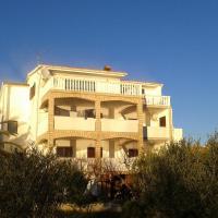 Rumora Ivan Apartment, hotel in Povljana