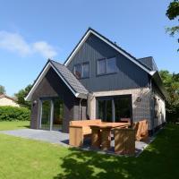 Beautiful luxurious villa situated between Den Burg and the Koog