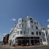 Panoramic Apartment in Bexhill Kent with Balcony