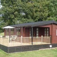 Lovely Cottage in Brookland Britain with Private Veranda