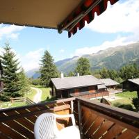 Superb apartment with views of the Alps, hotel in Bellwald