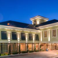 Town & Country Inn and Suites, hotel in Charleston