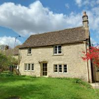 Rustic Cottage in Slaughterford with Fireplace