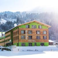 Explorer Hotel Kitzbühel, Hotel in Sankt Johann in Tirol