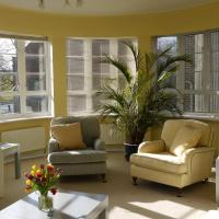 Week2Week Stunning 2 bed Gosforth Apartment