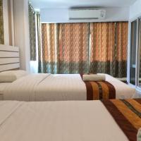 Berich Hotel, hotel in Tak