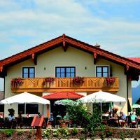 Wastelbauerhof, hotel in Bernau am Chiemsee