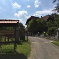 Country House Stoljetna Vila, hotel in Seona