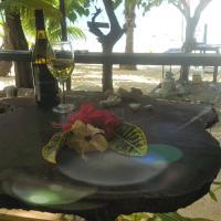 Matriki Beach Huts, hotel in Arutanga