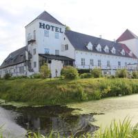 Vraa Slotshotel, hotel in Tylstrup