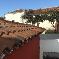 Estudios Cientouno, hotel in zona Aeroporto di Tenerife Norte - TFN, La Laguna