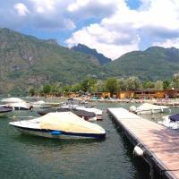 Sunwaychalets Lago di Lugano, hotell i Porlezza