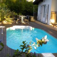 Villa Mogador Piscine et Balnéo, hôtel à Andernos-les-Bains