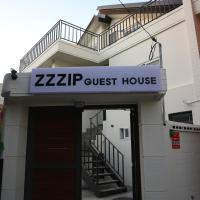 Zzzip Guesthouse in Hongdae