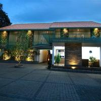 GEH Silver Storm Resort Athirappilly, hotel in Athirappilly