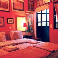Gallery Basement in Villa Vravrona, hotel near Eleftherios Venizelos Airport - ATH, Markopoulo