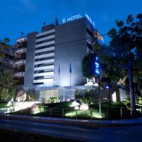 The Crystal Blue Hotel, hotel di Athena