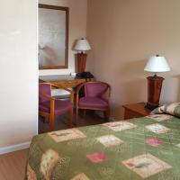 Maples Motel, hotel em Orillia