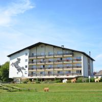 Hotel Reitzentrum Hausruckhof, hotel en Ampflwang im Hausruckwald