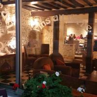 Hôtel Restaurant Le Mulberry Arromanches, hotel in Arromanches-les-Bains