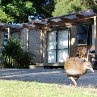 Russell-Orongo Bay Holiday Park, hotel in Russell