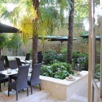 Hotel Spa Le Calendal, hotel in Arles